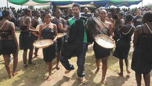 Shaggy was made ambassador and traditional ruler of the Sukuma people in Tanzania ceremony performance photo